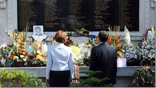 981638-bali-memorial