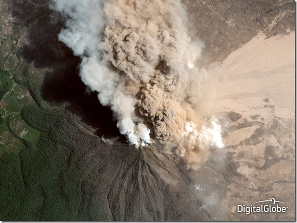 141208_FT_Satellite-Sinabung_Volcano.jpg.CROP.original-original
