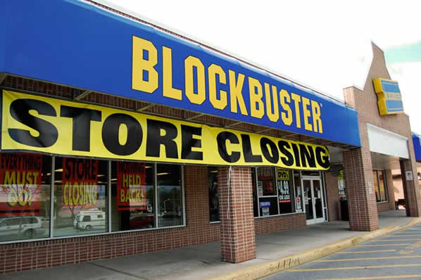 blockbuster-store-closing-2
